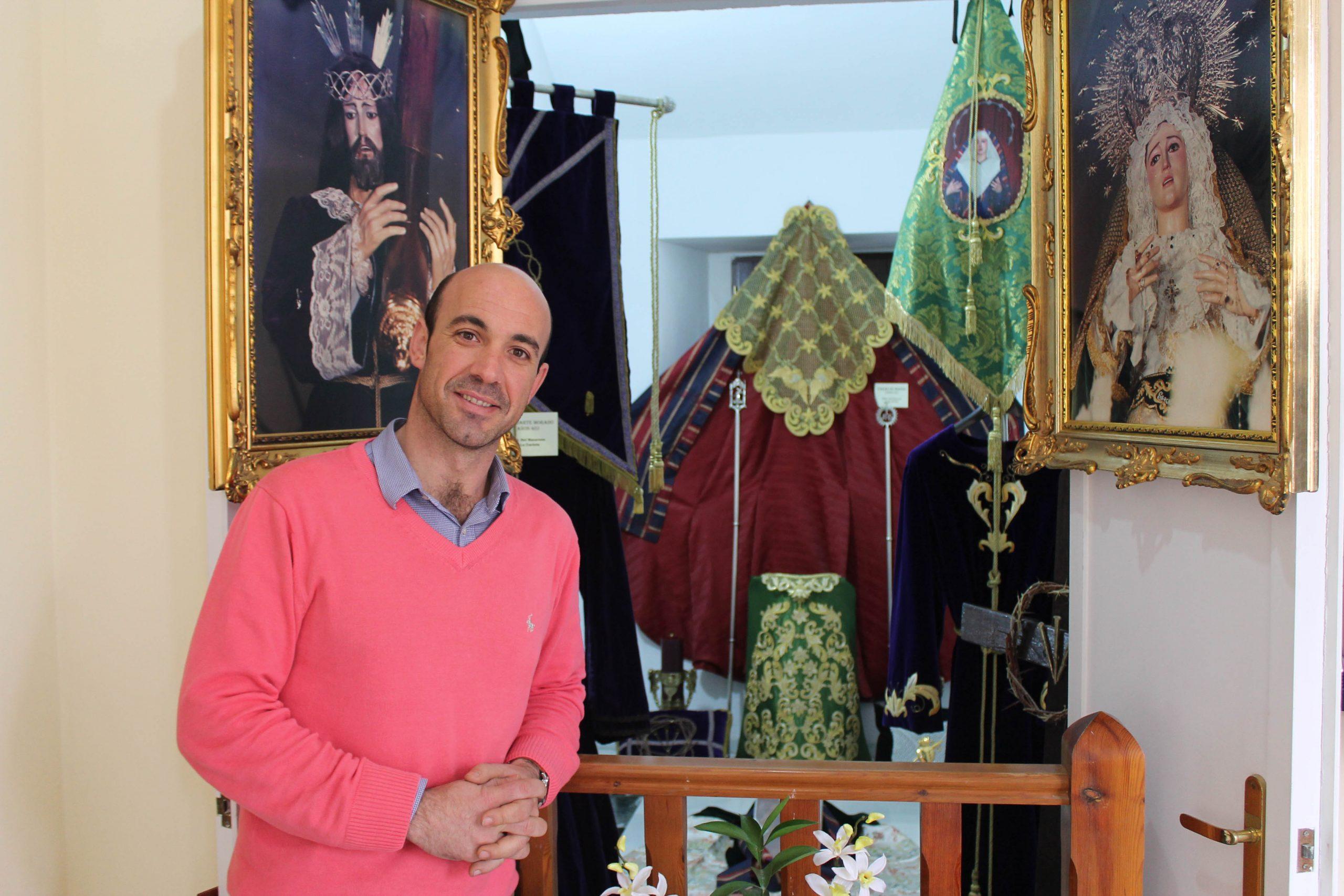 La Carlota expone una selección andaluza de obras de imaginería, bordado, restauradores, doradores y tallistas  en su II Muestra de Arte Cofrade  1