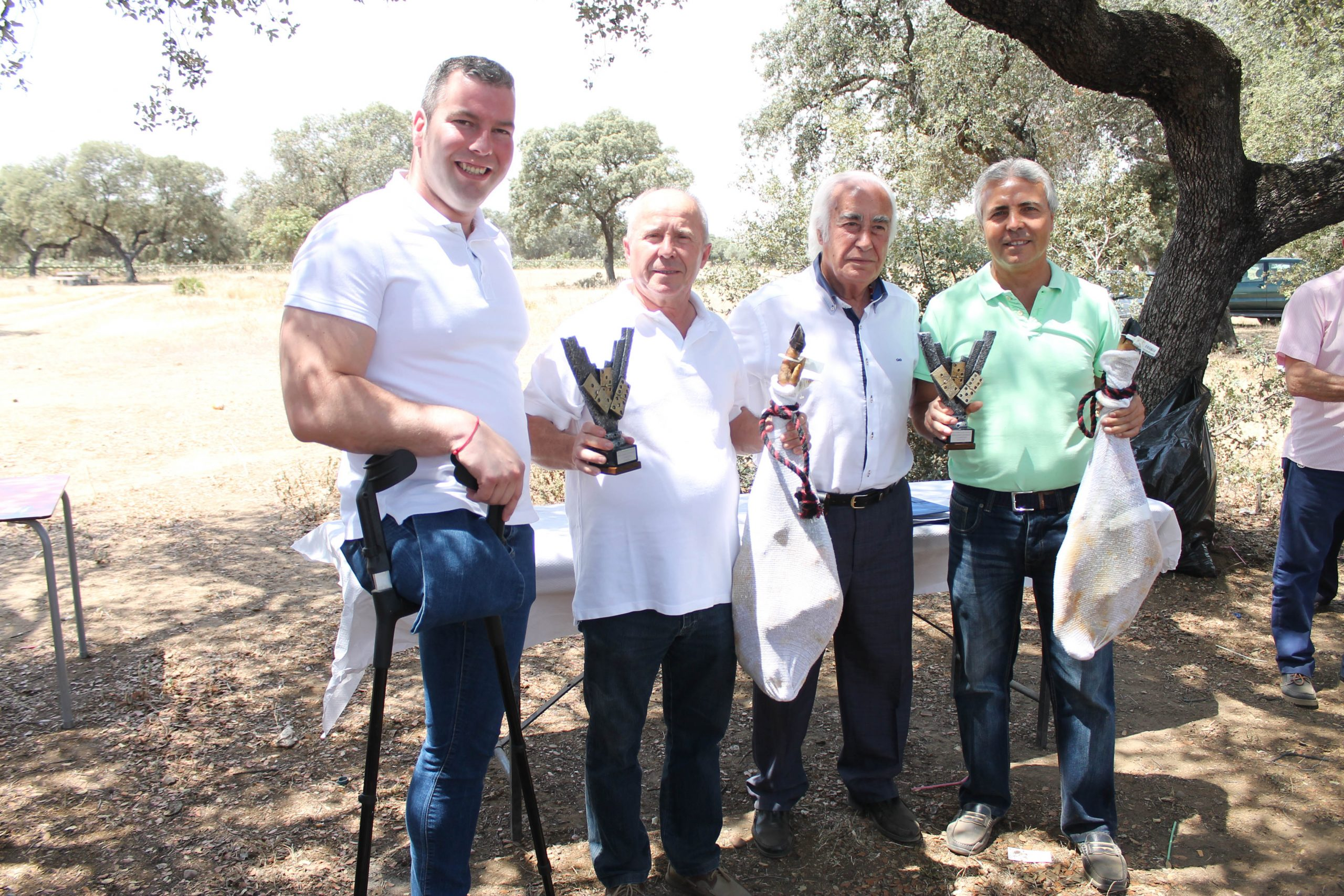 La Peña 'Los Amigos' entrega los premios de su XXIX Campeonato de Dominó  1