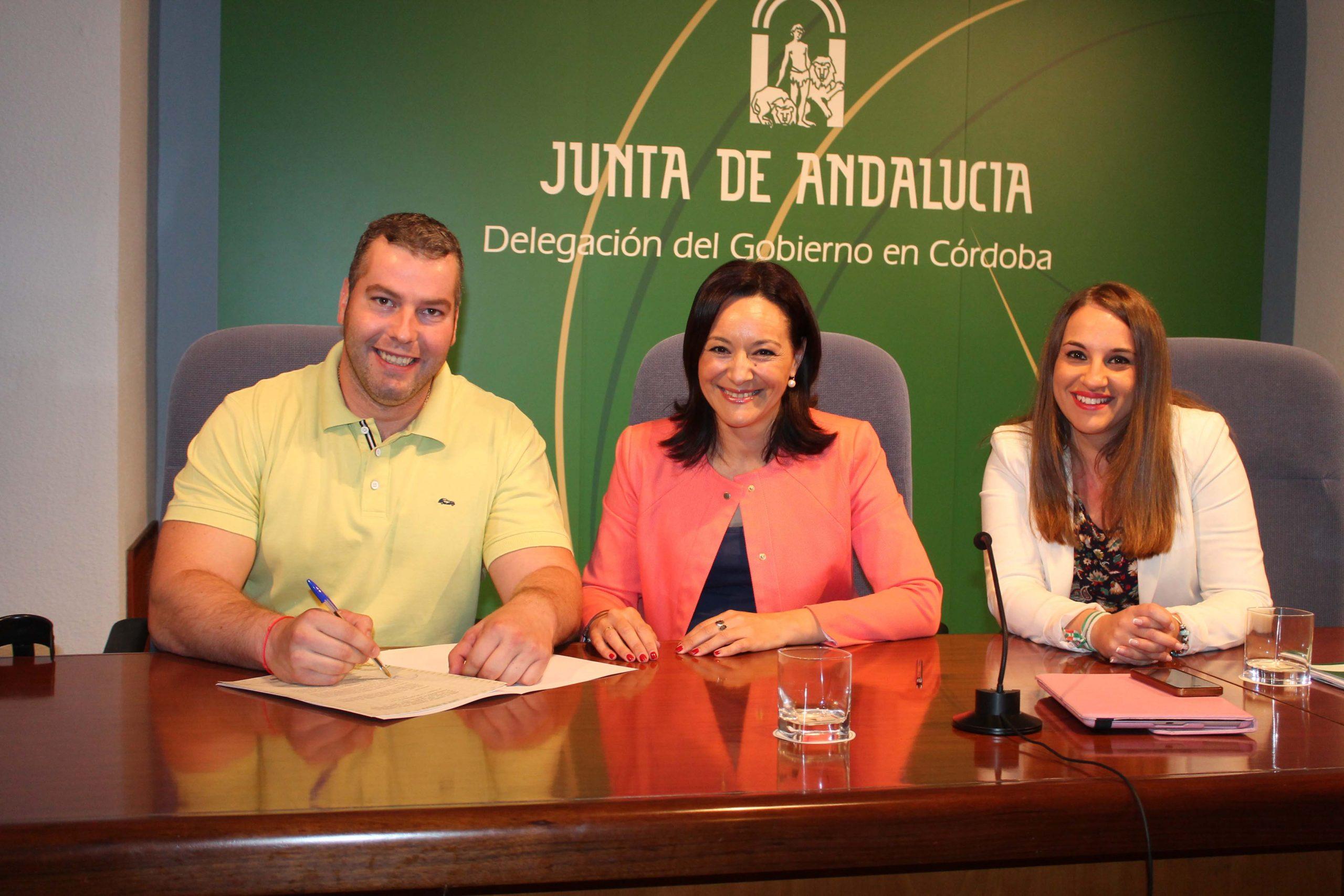 El Ayuntamiento firma la adenda de colaboración para la financiación de los puestos escolares de la Escuela Infantil pública Matrona María del Valle 1
