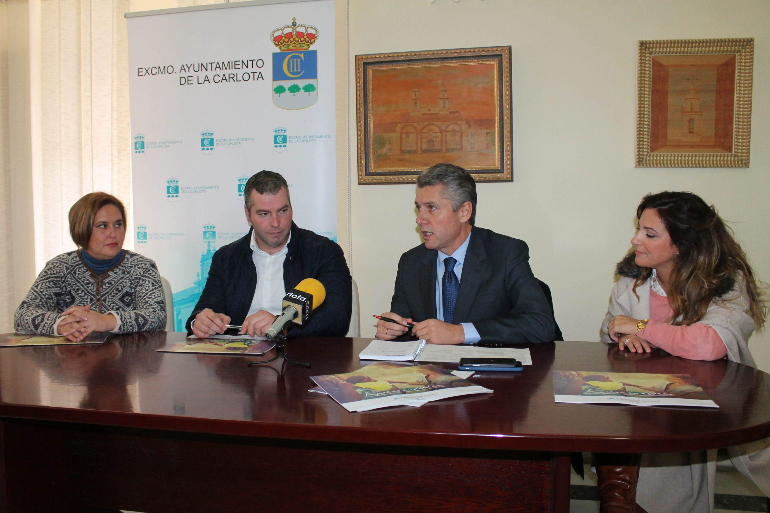 EL AYUNTAMIENTO RECIBE 2.500 EUROS DE OBRA SOCIAL LA CAIXA PARA COLABORAR EN ADQUISICIÓN DE MATERIAL ESCOLAR 1