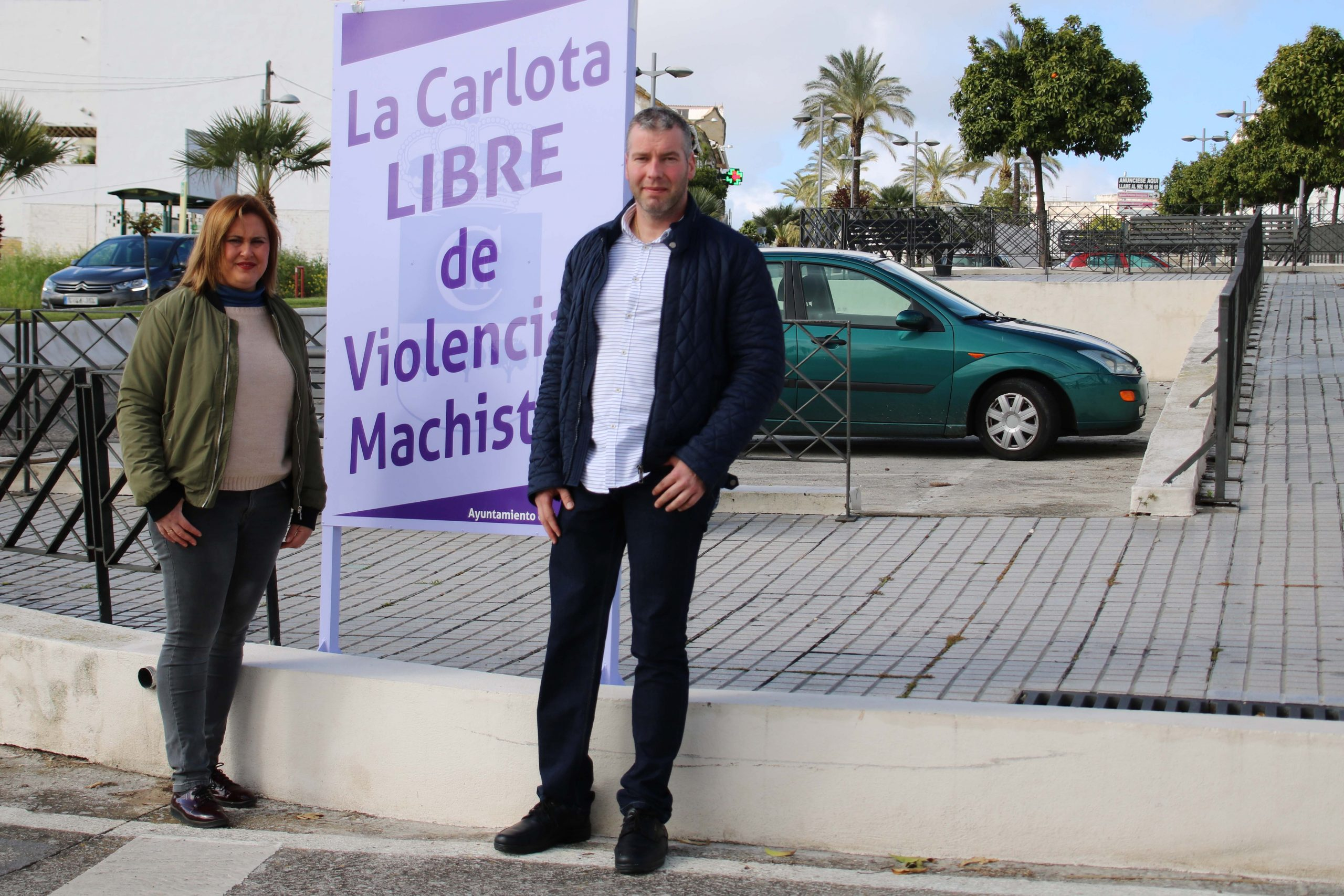 SE INSTALA UNOS MUPIS INFORMATIVOS EN LAS ENTRADAS DE LA LOCALIDAD DECLARANDO 'LA CARLOTA, MUNICIPIO LIBRE DE VIOLENCIAS MACHISTAS' 1